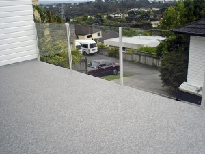 WeatherDek-Deck-with-Glass-and-Aluminium-Balustrade